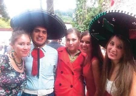 студенты в Мексике
