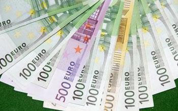 десять тысяч евро