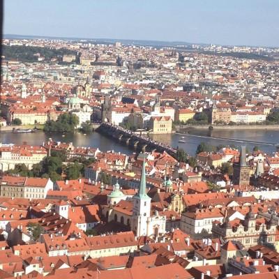 вид на Прагу с колокольни собора Святого Витта