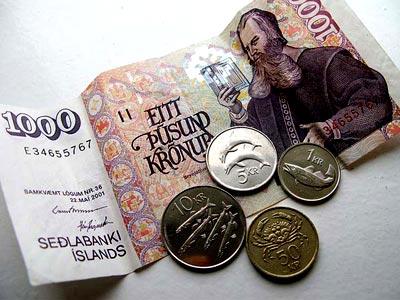деньги в Исландии