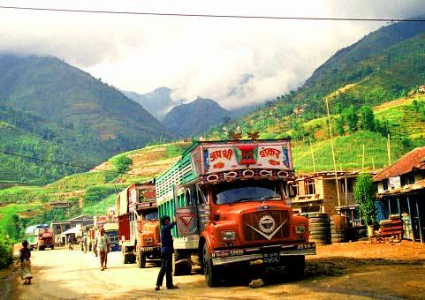 автомобильное движение в Непале