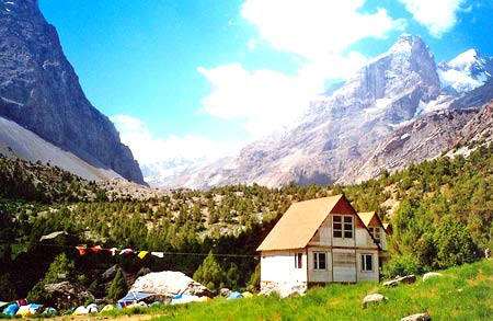 в горах Таджикистана