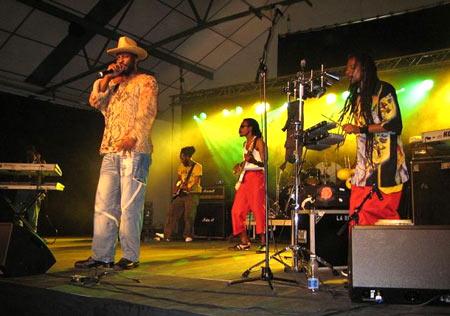 работа музыкантом на Ямайке