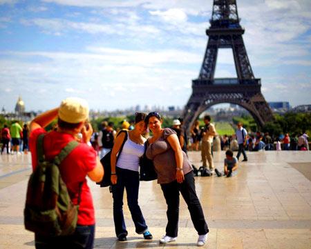 туристы в Франции