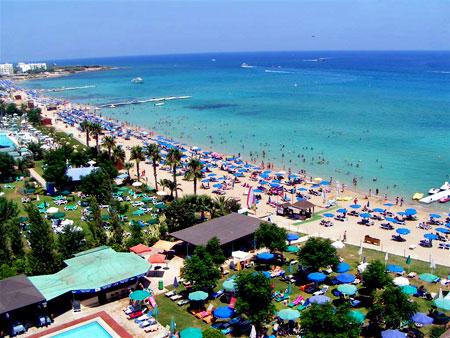 Туристы на Кипре