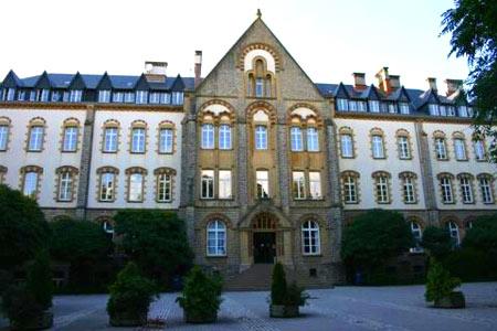 университет в Люксембурге