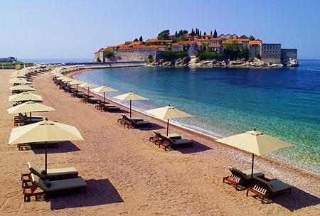 пляж в Черногории