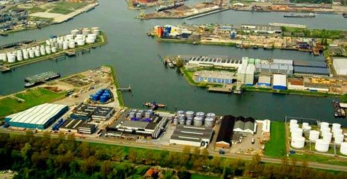 завод в Голландии