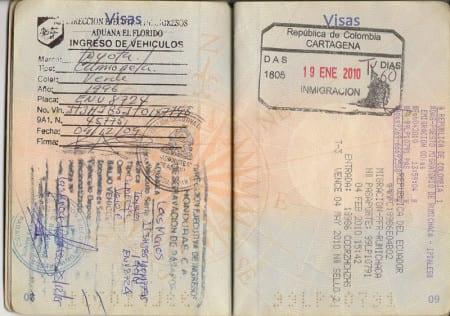 Виза в Эквадор (справа)