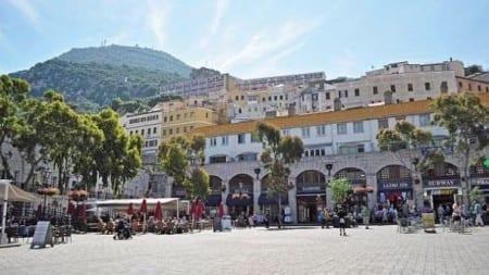 Казематная площадь Батарея Принцессы Анны в Гибралтаре