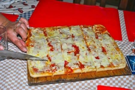 Пицца в Уругвае
