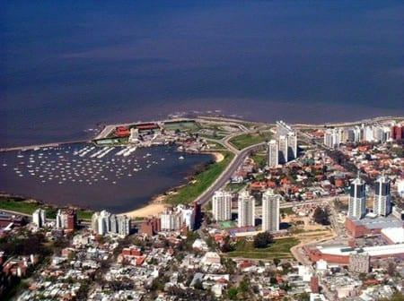 Вид на столицу Уругвая Монтевидео