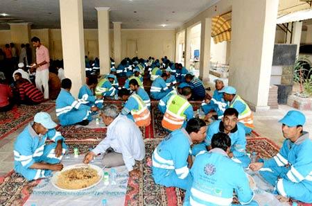 рабочие в Бахрейне