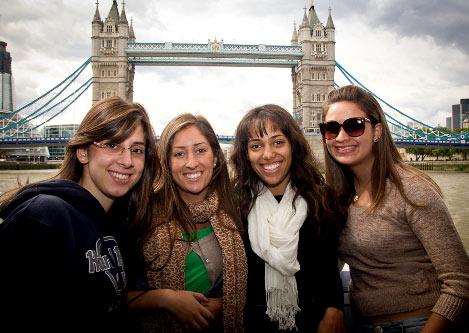 Лондон студенты
