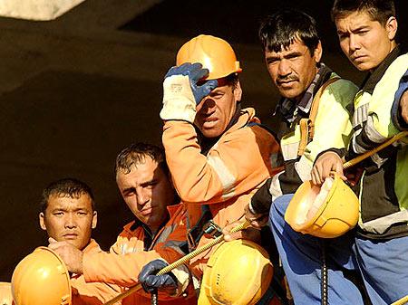 таджики строители