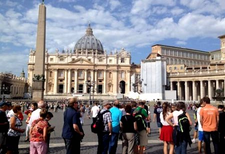 туристы в Ватикане
