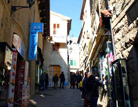 улица в сан-марино