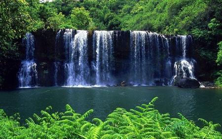 водопад на гаваях