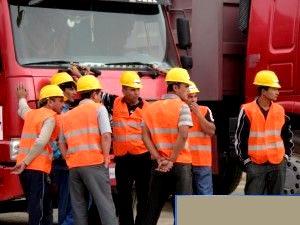 рабочие в туркменистане