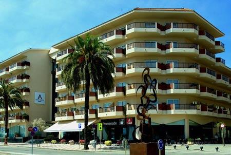 четырехзвездочный отель в каталонии