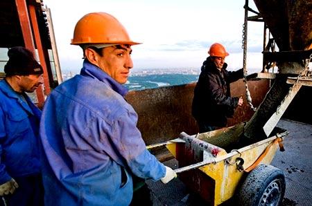 строители Армения