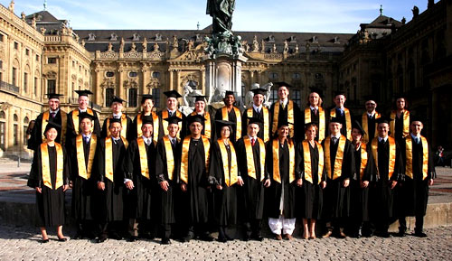 Испания студенты