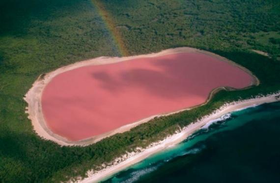 Ре́тба (или Розовое озеро) в Сенегале