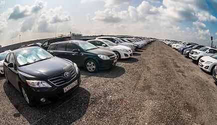 Парковка автомобилей во Внуково