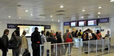Стойка оформления транзитных виз