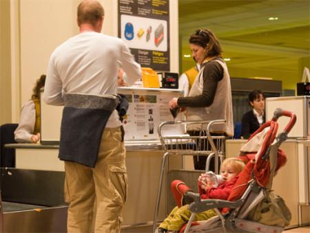 Прохождение паспортного контроля с ребенком