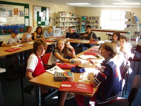 Занятие в языковой школе