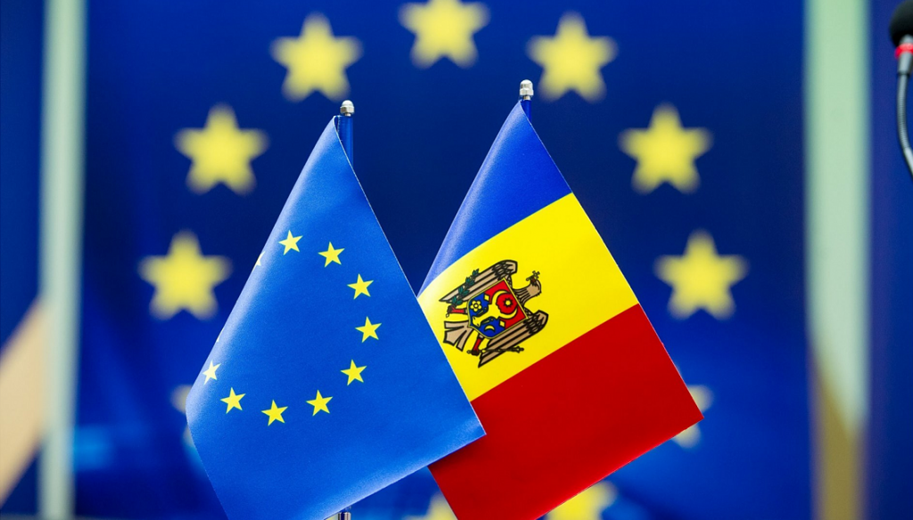 Флаг ЕС и Молдовы