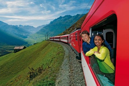 Куда можно поехать на море на поезде за границу