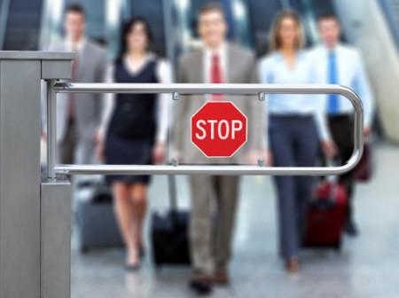 Законы пересечения государственной границы России : порядок въезда и выезда