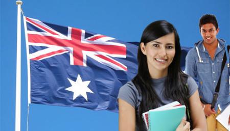 Студенты и флаг Австралии