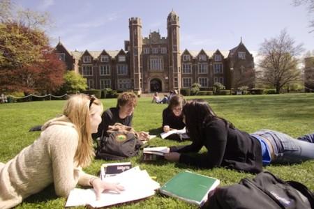 Студенты в США