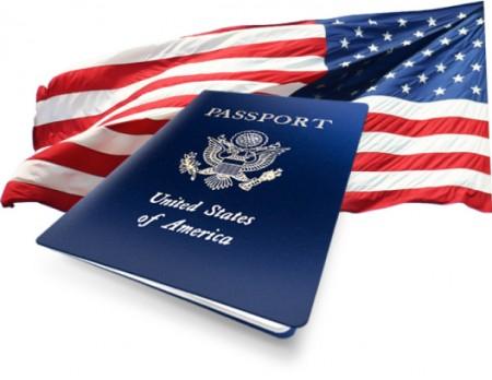 Паспорт и флаг США