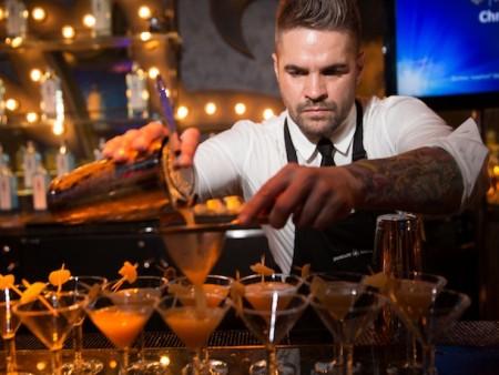 трудоустройство барменом в Абу-Даби