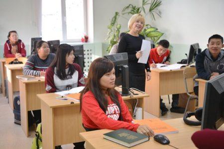 Студенты из Лаоса получают образование в Российском университете