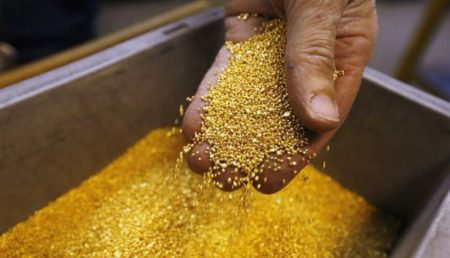 Добыча золота в Лаосе