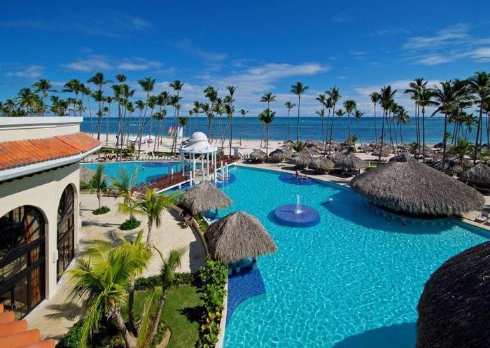 Доминиканская Республика - это склонившиеся над уединенными пляжами кокосовые пальмы, чистейшее Карибское море и отличный дайвинг.