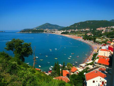 Недорогая недвижимость в Черногории на берегу моря: цена покупки