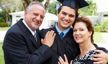 Студент и его родители