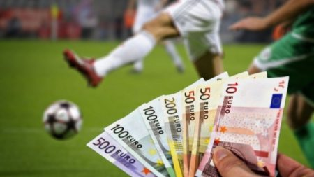 зарплата футболиста