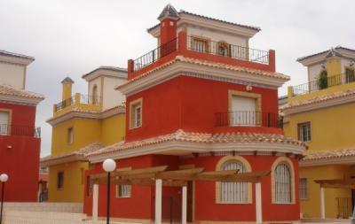 Дом в Лос-Монтесиносе, Испания