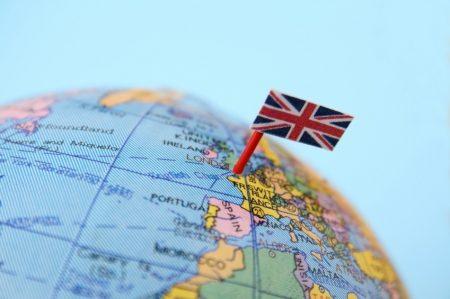 положение Великобритании на глобусе мира