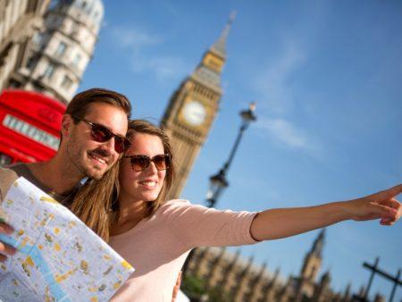 туристы в Англии