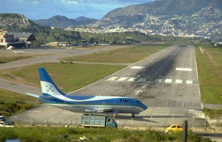 Аэропорт Тонконтин в Тегусигальпа