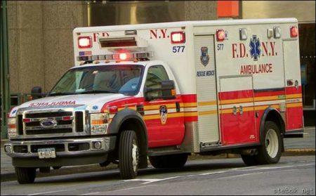 машина скорой помощи в США