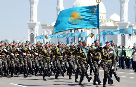 военные Казахстана